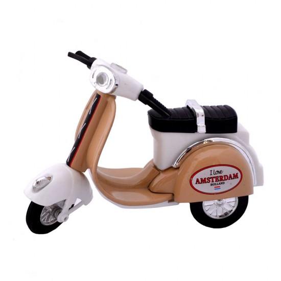 Origineel schaalmodel van een vespa scooter met opdruk i love amsterdam
