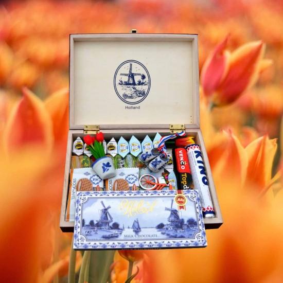 Holland tulips gift box