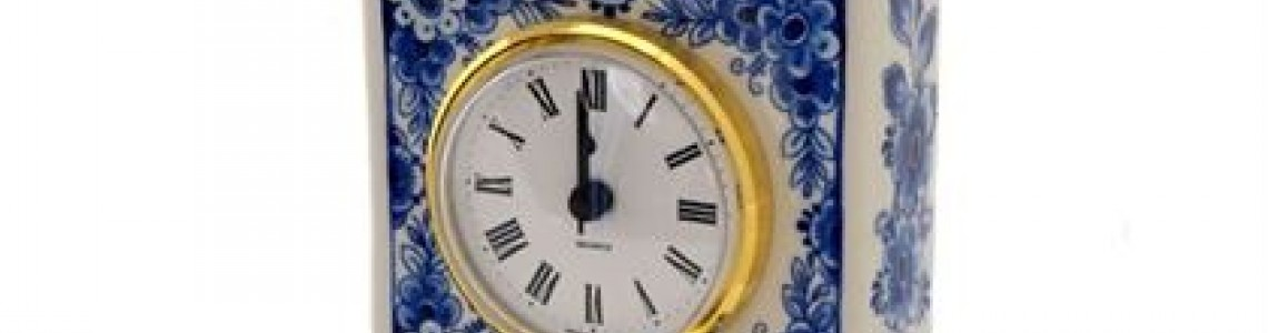 Delfts blauw klokken en uurwerken