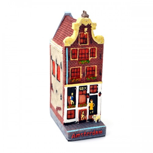canal house amsterdam sex house between house figurines and canal houses holland souvenir. Black Bedroom Furniture Sets. Home Design Ideas