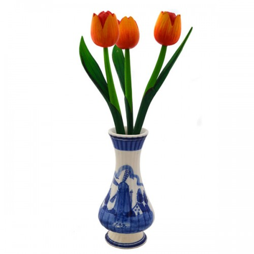 delfter blau vase mit orange tulpen vasen und t pfe holland souvenir shop nl. Black Bedroom Furniture Sets. Home Design Ideas