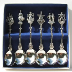 CASE TEASPOONS HOLLAND ASSORTIE