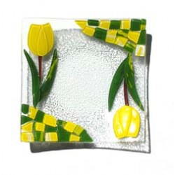 DISH GLASS TULIP YELLOW 18 X 18 CM