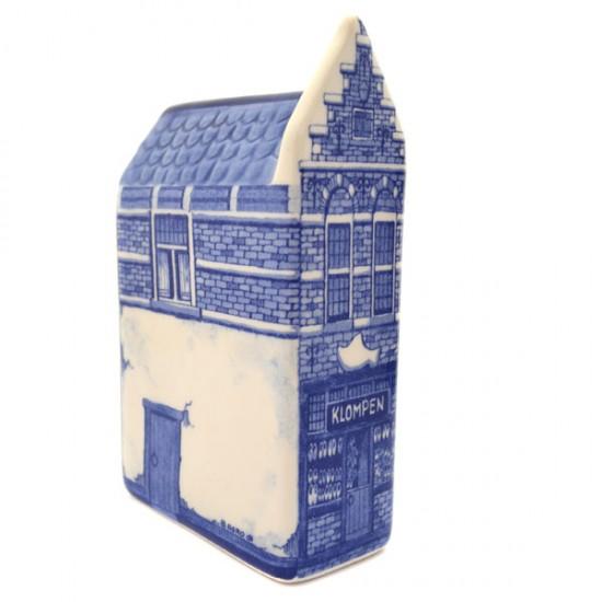 CANAL HOUSE DELFT BLUE WOODEN SHOE SHOP
