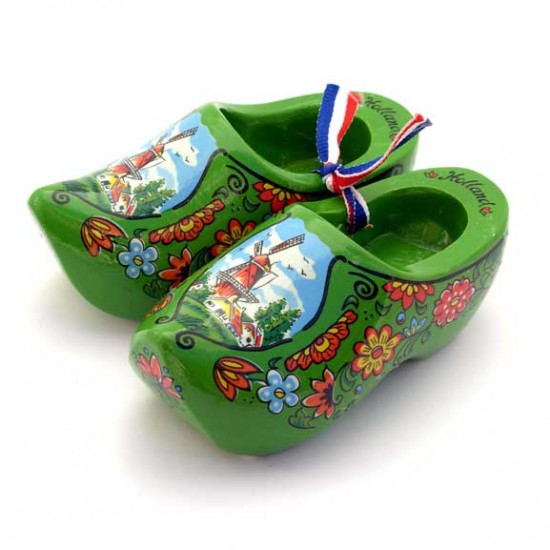 WOODEN SHOE BRIGHT GREEN 10 CM