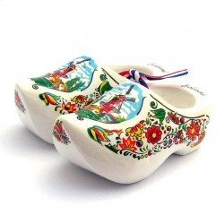 WOODEN SOUVENIR CLOGGIES MILL FLOWERS WHITE 10 CM