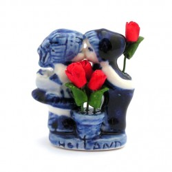 KISSING COUPLE DELFT BLUE RED TULIPS 5 CM