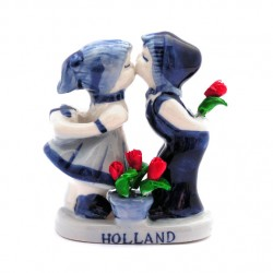 KISSING COUPLE DELFT BLUE RED TULIPS 9 CM