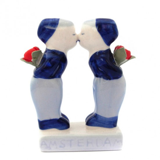 KISSING COUPLE GAY BOYS AMSTERDAM DELFT BLUE