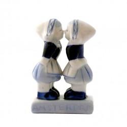 KISSING COUPLE GAY GIRLS AMSTERDAM 7 CM