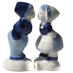 KISSING COUPLE SEPARATE DELFT BLUE 10 CM