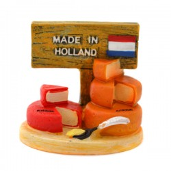 MINIATURE GOUDA AND EDAM CHEESE HOLLAND