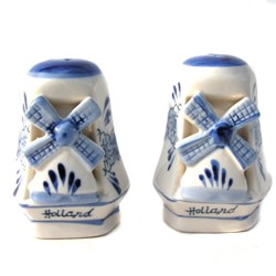 PEPPER AND SALT SET WITH BLUE DELFT WINDMILLS