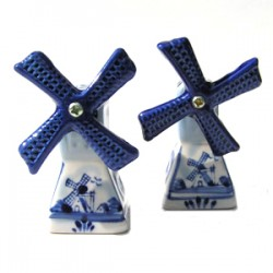 PEPPER AND SALT SET DELFT BLUE SQUARE windmills
