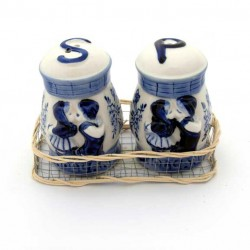 PEPPER AND SALT SET DELFT BLUE KISSING COUPLE RELIEF IN BASKET 1