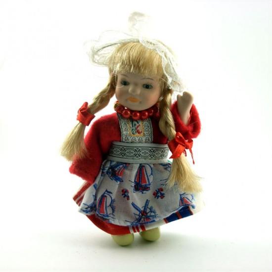 Porseleinen klederdracht popje meisje rood handgemaakt 12 cm