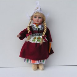 PORCELAIN DOLL GIRL BORDEA
