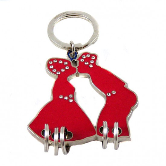 KEY CHAIN KISSING COUPLE RED with RHINE STONES 6 x 6 CM