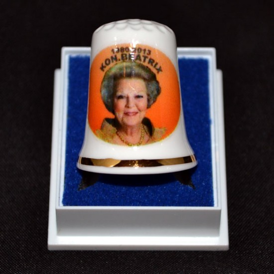 Thimble 1980 - 2013 queen beatrix